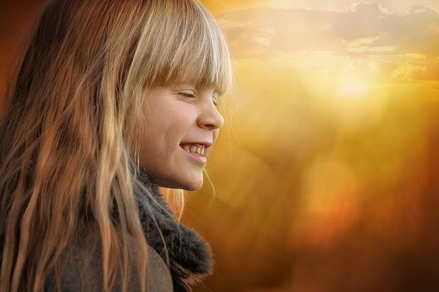 Alergii na slunce může mít dospělý i dítě