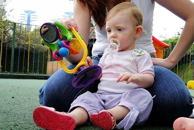 rady a tipy aby si dítě samo hrálo