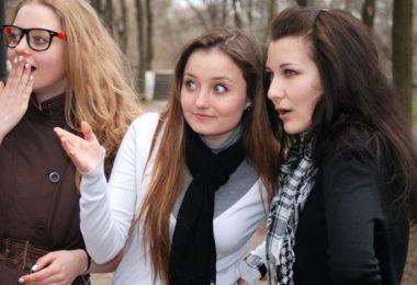 Jak domněnky a předsudky ničí vztahy mezi lidmi?
