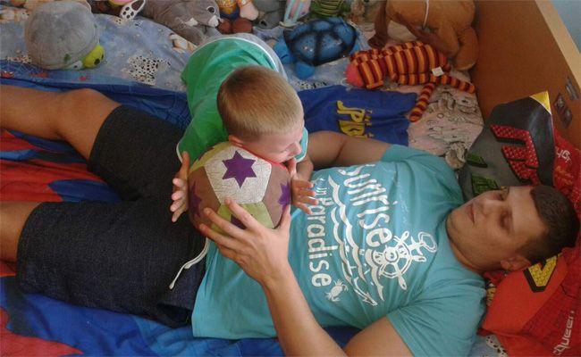 Hry s dětmi - ležící házenkář